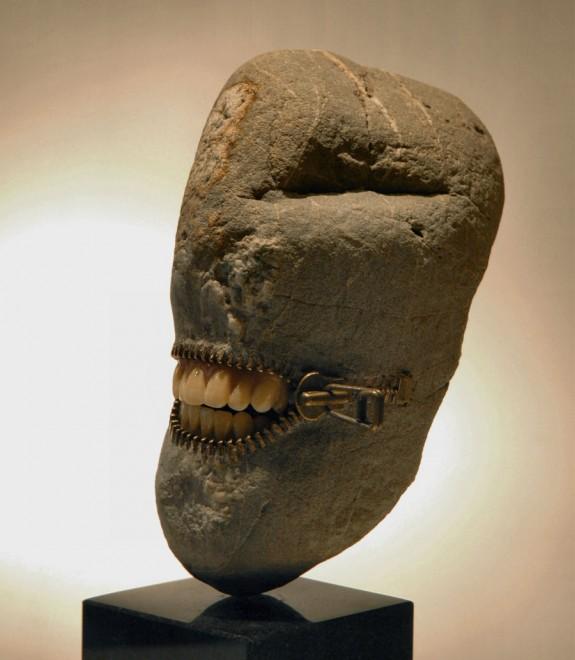 Profile, stone sculpture by Jiyuseki (Hirotoshi Itoh)